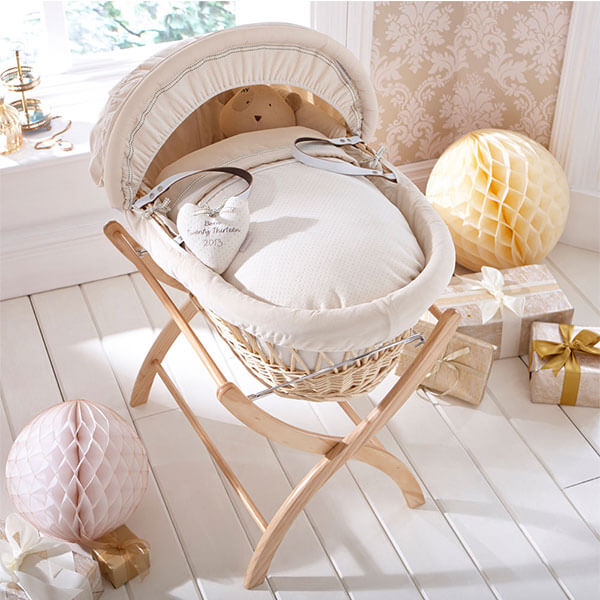 Izziwotnot Natural Wicker Moses Basket
