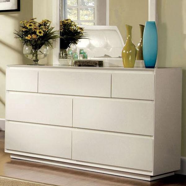 Felica White Finish Contemporary Style Bedroom Dresser