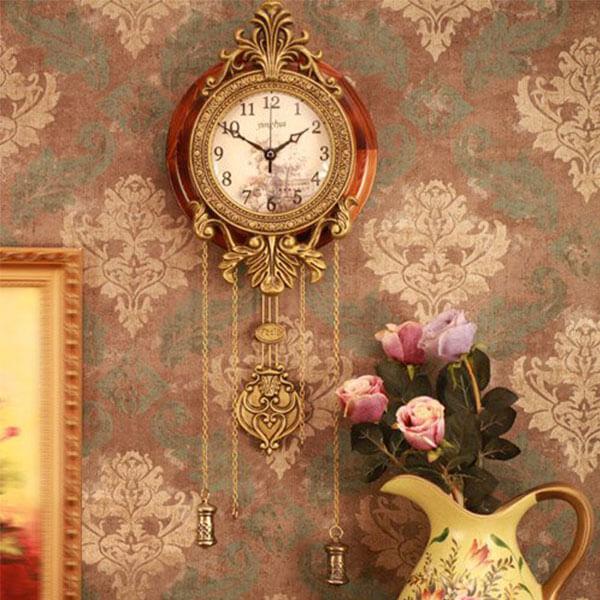 Aero Snail Retro Style Pendulum Clock