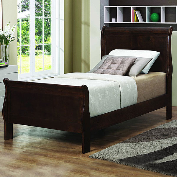 Coaster Home Furnishings Traditional Twin Bed