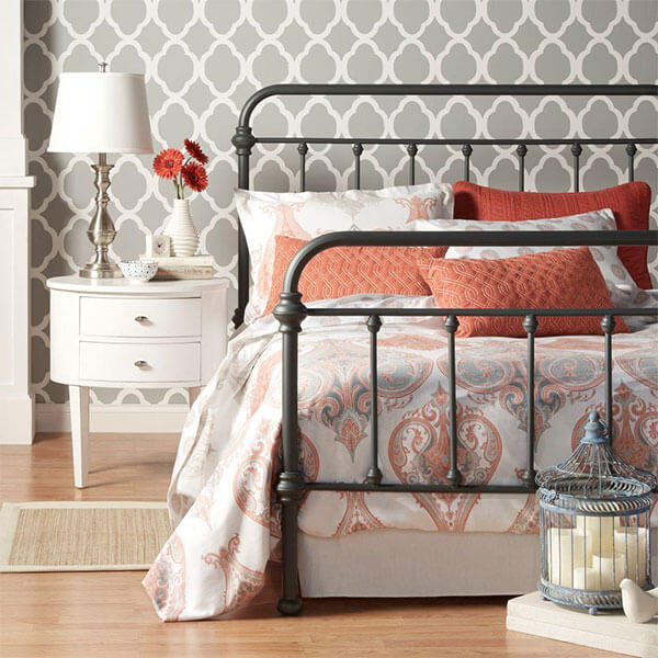 Nottingham Wrought Iron Spindle Bed