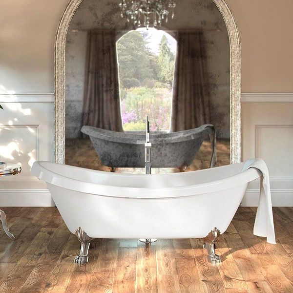 Acrylic Whirlpool-Style Bathtub with Clawfoot Design