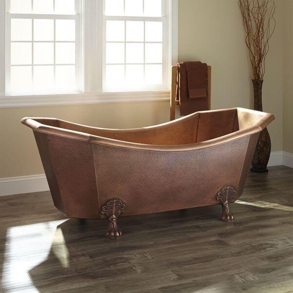 Mariel Eight-Sided Hammered Copper Clawfoot Tub