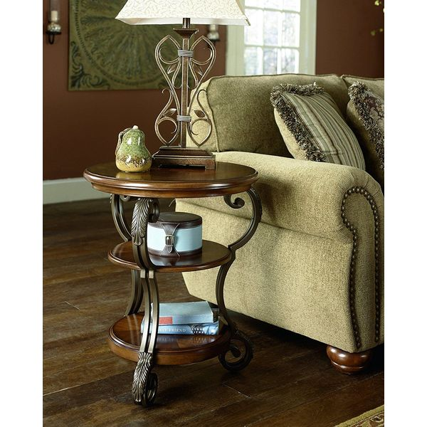 Signature Design by Ashley Traditional Medium Brown Nestor End Table