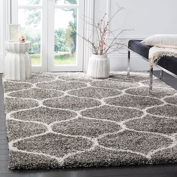 Room Essentials Cream Shag Rug