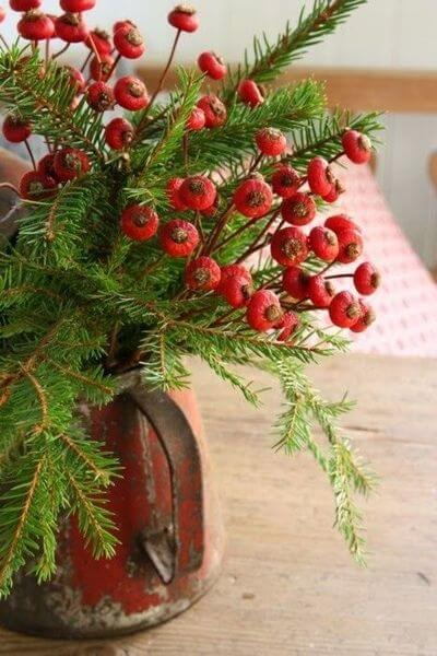 100 Christmas Decoration Ideas - Easy Home Concepts #ChristmasDecorations #ChristmasDecor #ChristmasDecorating